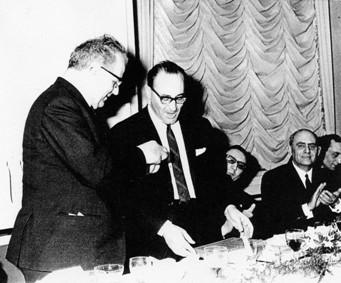 01 1965 Premiazione aa