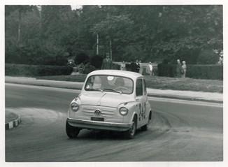 32 1961 Rododendri AB