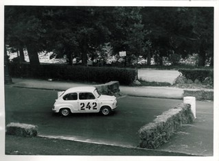 35 1961 Rododendri BC