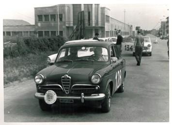 44 1960 Estensi